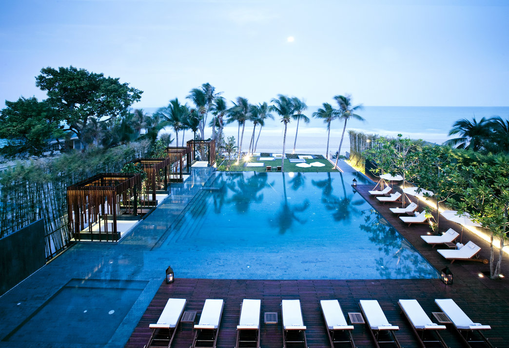 Cape nidhra hotel hua hin voted southeast asia s best for Design hotel hua hin