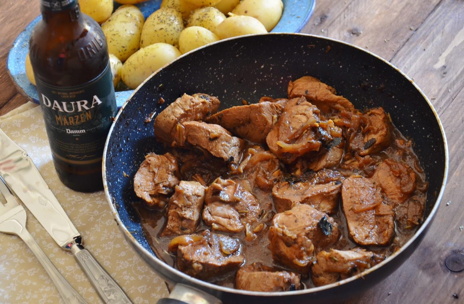Solomillo encebollado a la cerveza negra cuchillito y - Solomillo de cerdo encebollado ...