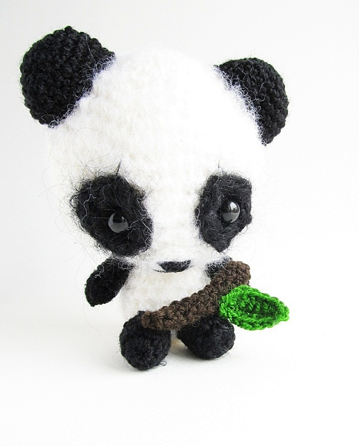 Amigurumi Bigfoot Panda : {Amigurumi Miku the Panda Pattern} - Little Things Blogged