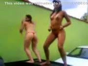 Novinhas dançando peladas na putaria - http://videosamadoresdenovinhas.com