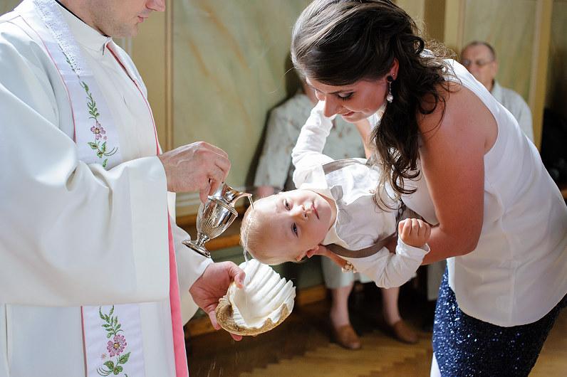 krikštynos Panevėžio Kristaus Karaliaus katedroje