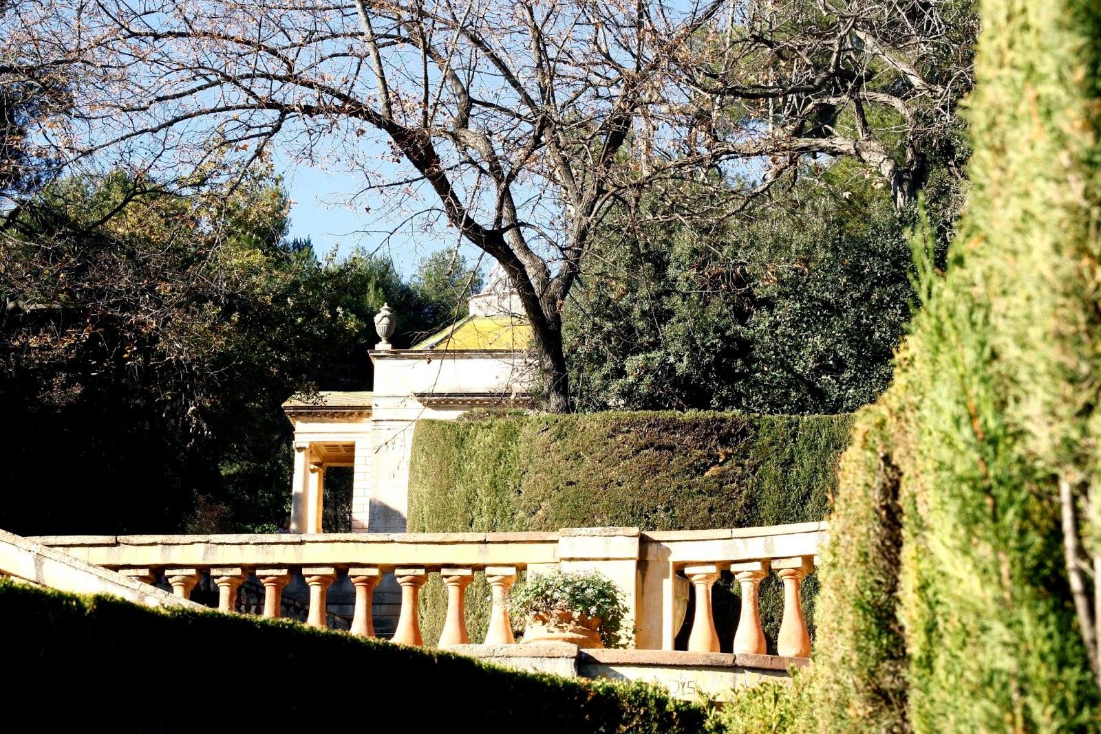 Cinco parques y jardines de barcelona ahora toca viajar for Parques y jardines de barcelona