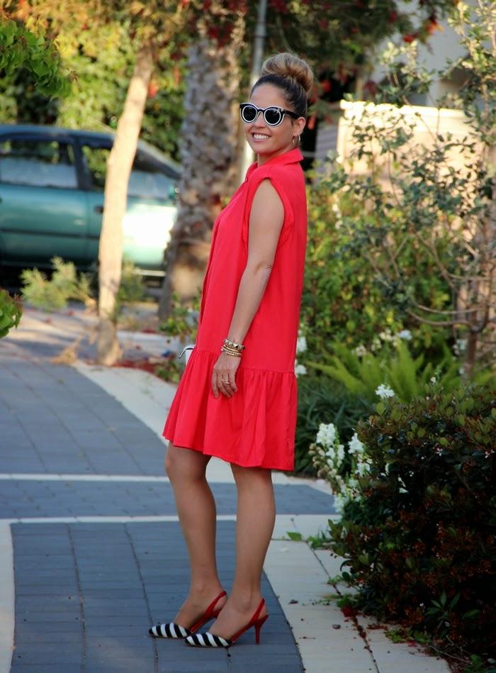בלוג אופנה Vered'Style - שמלה אדומה גדולה