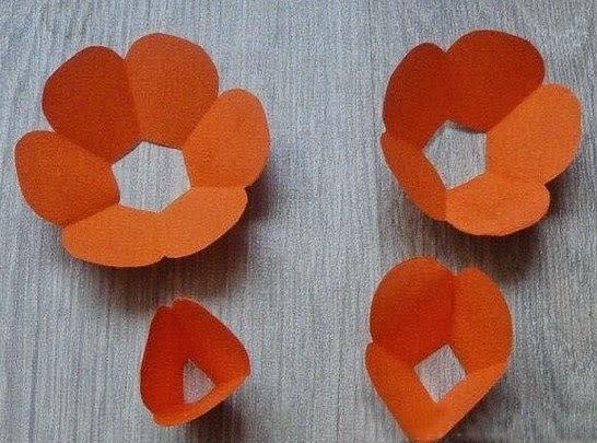 Flores de cartulina en 3D paso a paso Portal de Manualidades