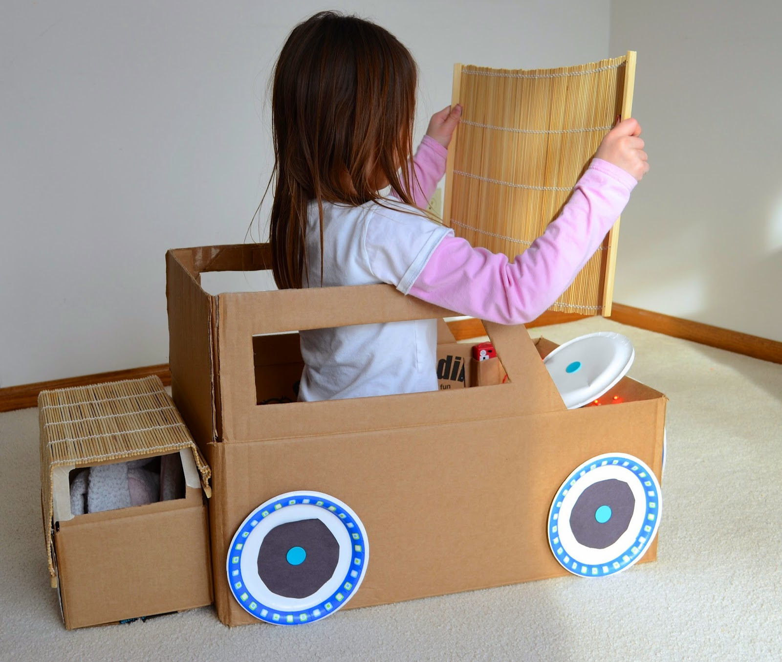 how to build a robot out of boxes
