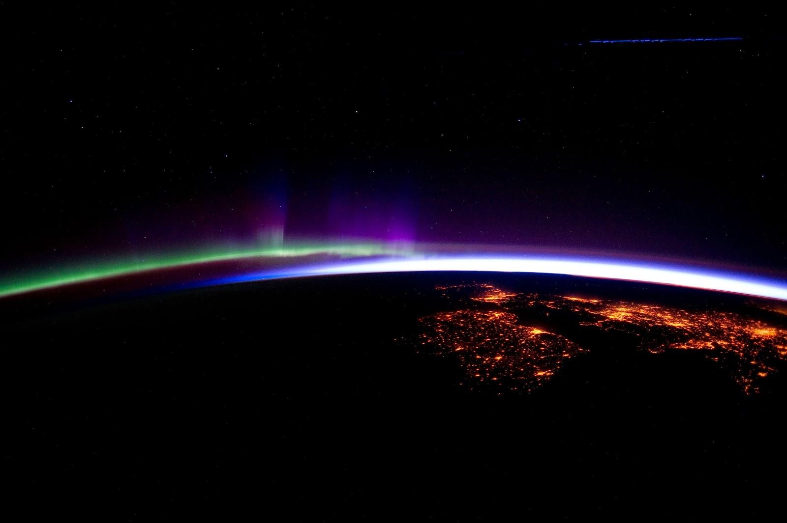 earth horizon nasa night-#2