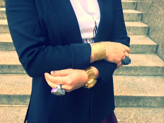 how to wear a blazer, casual business style fashion, Julie Vos hammered cuff, gold bracelet cuff, Adina Mills handmade rock rings, Nixon all gold watch, affordable gold watches for women and men, wearing a mens watch, business casual womens blazer, styling a tshirt