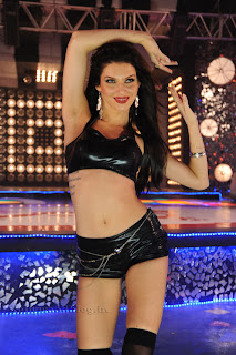 scarlet  stills chandi item song 004.jpg