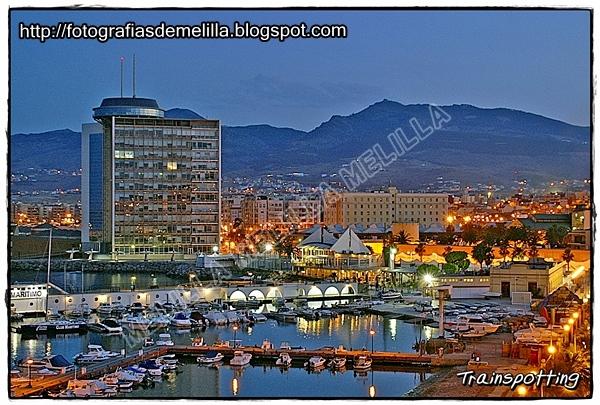 Fotograf as de melilla torres quinto centenario melilla for Oficina correos melilla