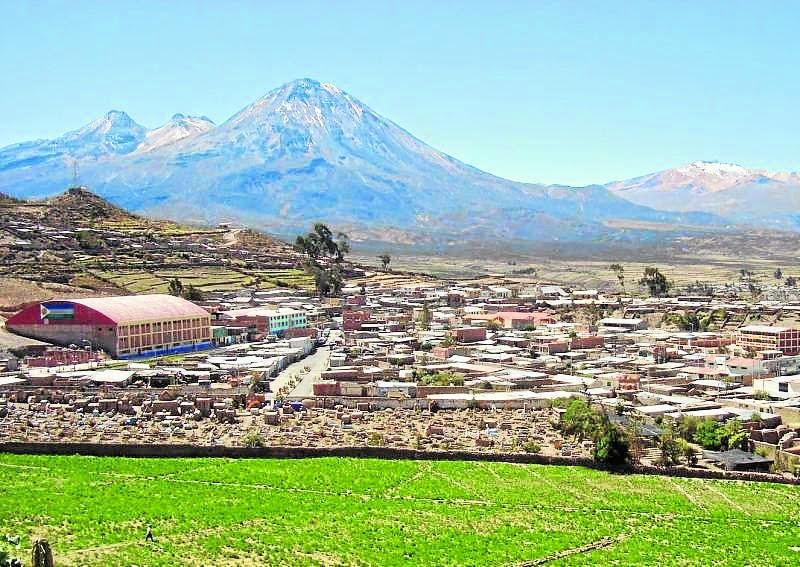 PERU: TUTUPACA PRESENTA ACTIVIDAD VOLCANICA DE RIESGO, 30 DE MAYO 2014