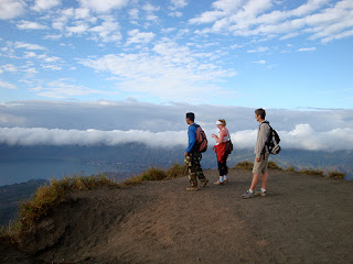 climbing Mount Batur, outdoor sports, hiking in Bali