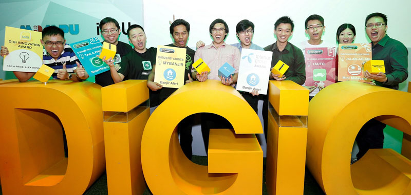Winners of the DiGi Challenge for Change 5 Finale