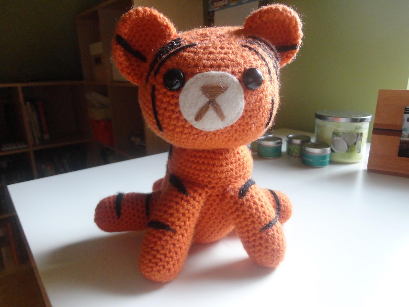 Huggable Tiger Amigurumi (free pattern!) | Wheedle Whammy