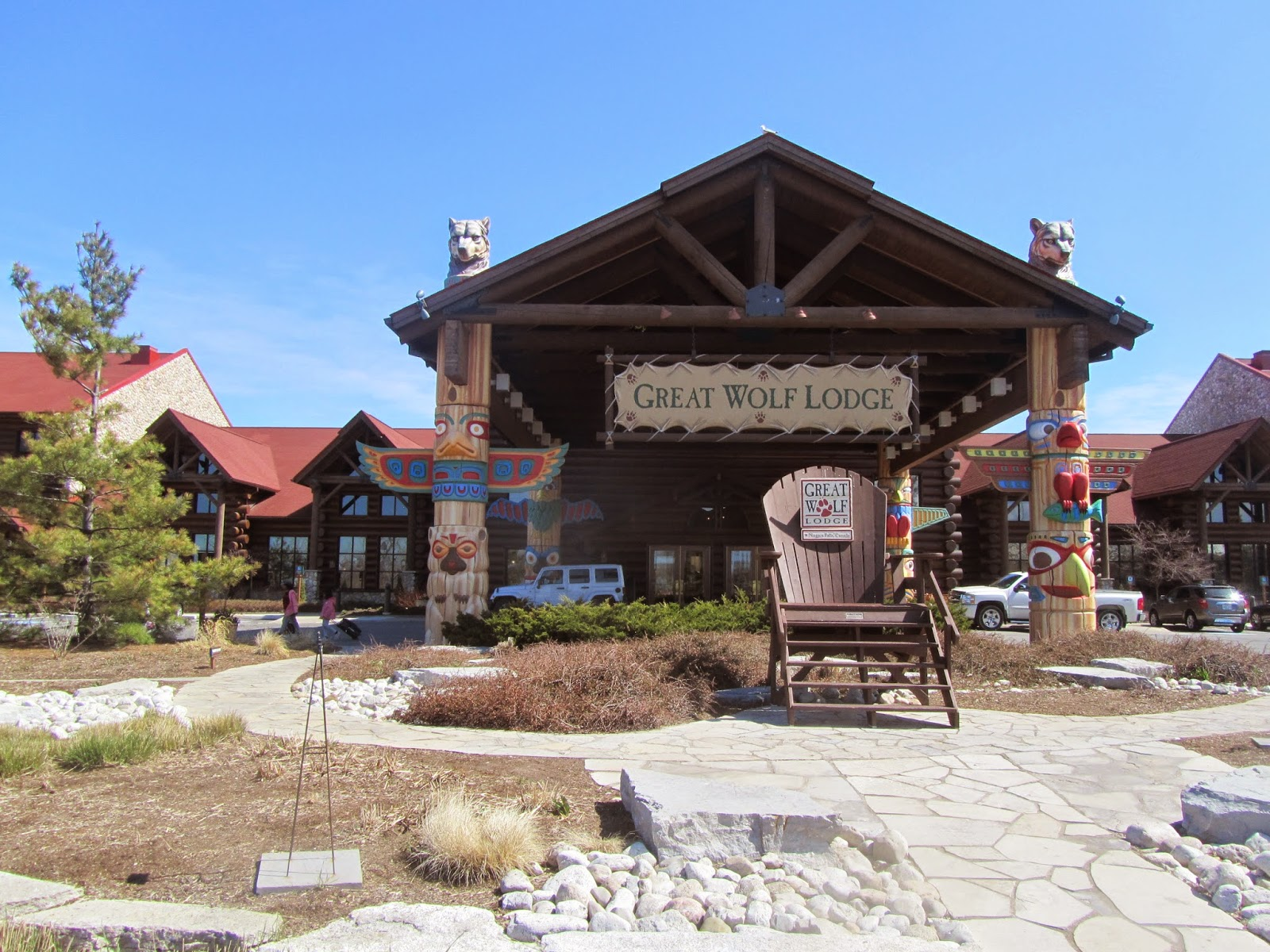 The grand opening of Great Wolf Lodge in Bloomington on Tuesday went off with a howl. The North Woods-themed hotel and water park officially opened after renovations to the former Water Park of.