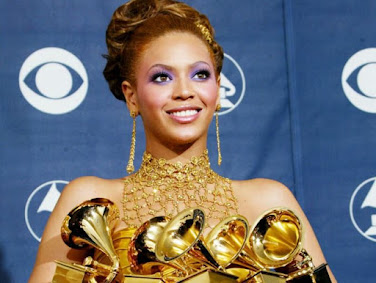 (Hot!) Dapatkan Semua Lirik lagu Beyonce Sekarang!