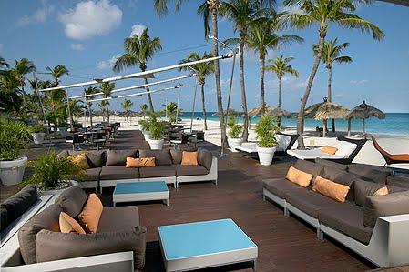 Tur retur resebyr endast vuxna hotell p aruba for Terrace 33 menu