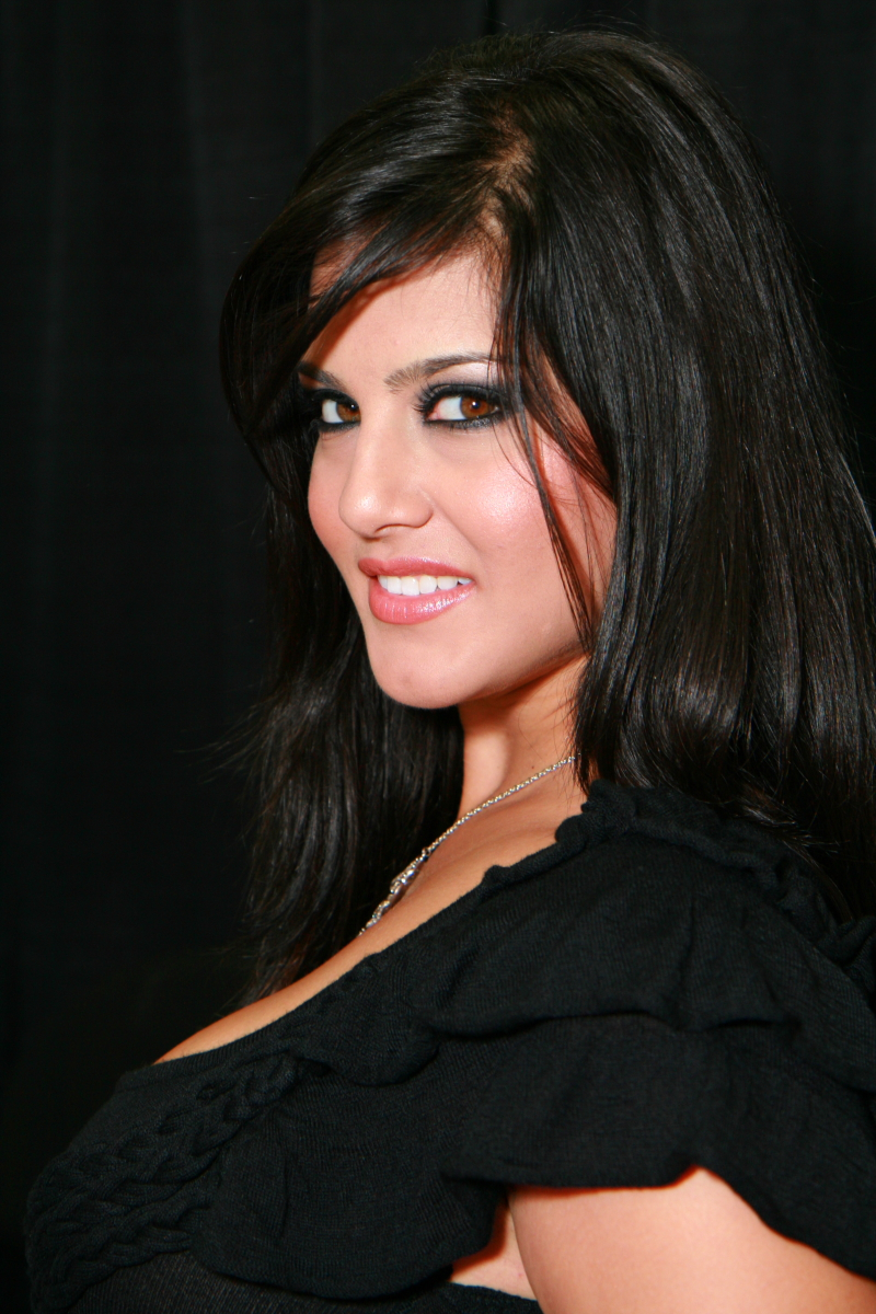 sunny leone | hd wallpapers (high definition) | free background