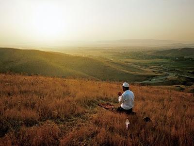 Sholat dan berdoa