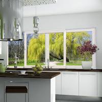 Okno przesuwne w kuchni z okuciami Roto