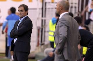 Arrasate y Jémez, entrenadores de la Real Sociedad y Rayo Vallecano, que no han comenzado bien la Liga BBVA.