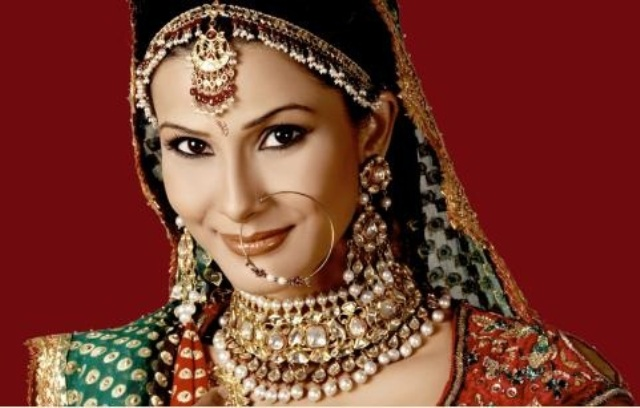Therapeutic Benefits of Wearing Indian Jewelry