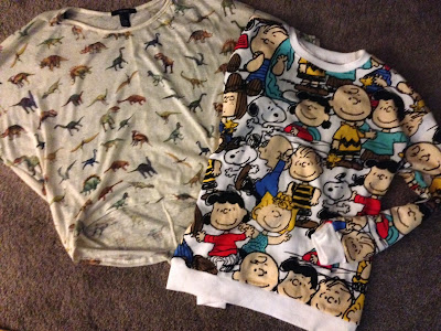 Forever21 Peanuts Sweater Dinosaur Crop Top