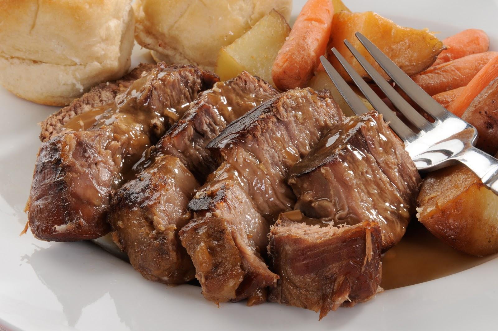 色よく焼けたお肉で飯テロの壁紙