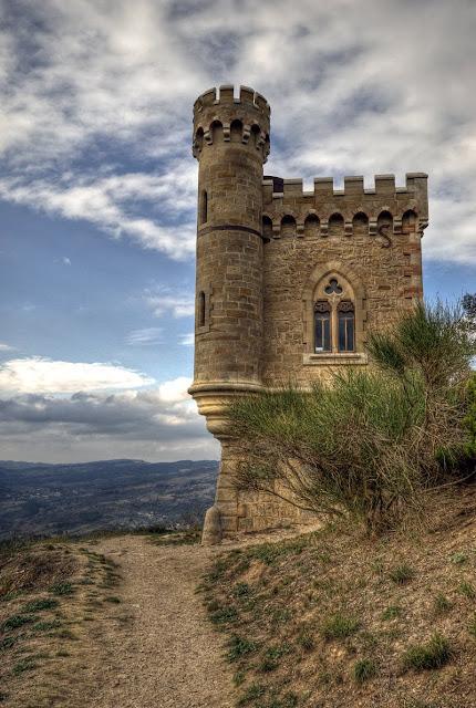 tour de l'horloge, rennes le château blog, photo tour magdala, photo rennes le chateau , photo hdr fabien monteil