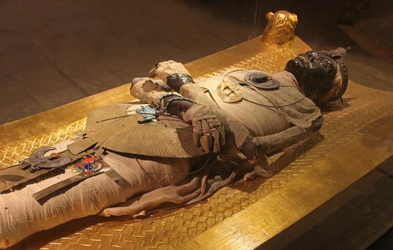 king tut tomb | Egyptominia