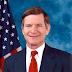 Autor de la ley S.O.P.A. cae en su propia SOPA