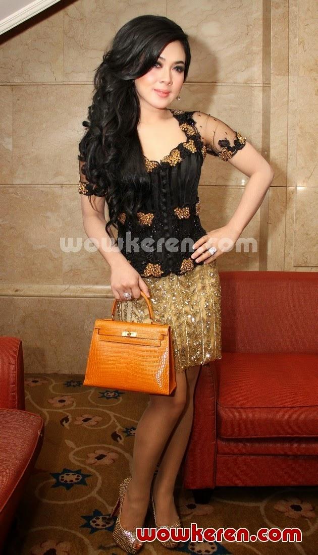Download image Kebaya Syahrini Sexy Mini Skirt PC, Android, iPhone and ...