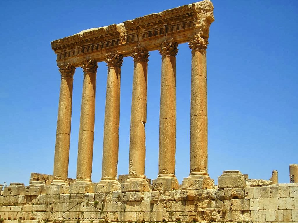Las columnas romanas eran poseidas mediante tradicion en el Derecho romano