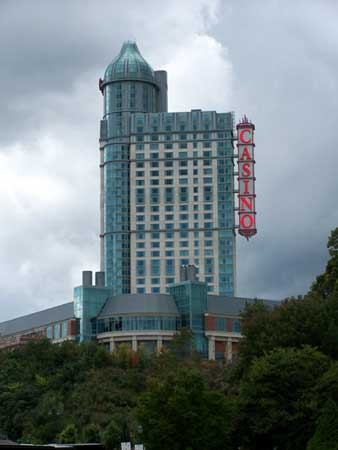 Fallsview casino hotel