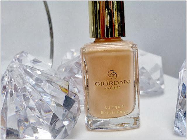 Oriflame Giordani Gold Lacque Brilliance Pearly Nude Nail Polish