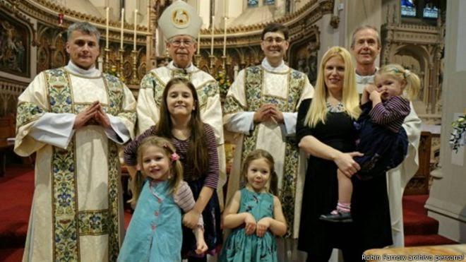 Los sacerdotes casados que acoge el Vaticano
