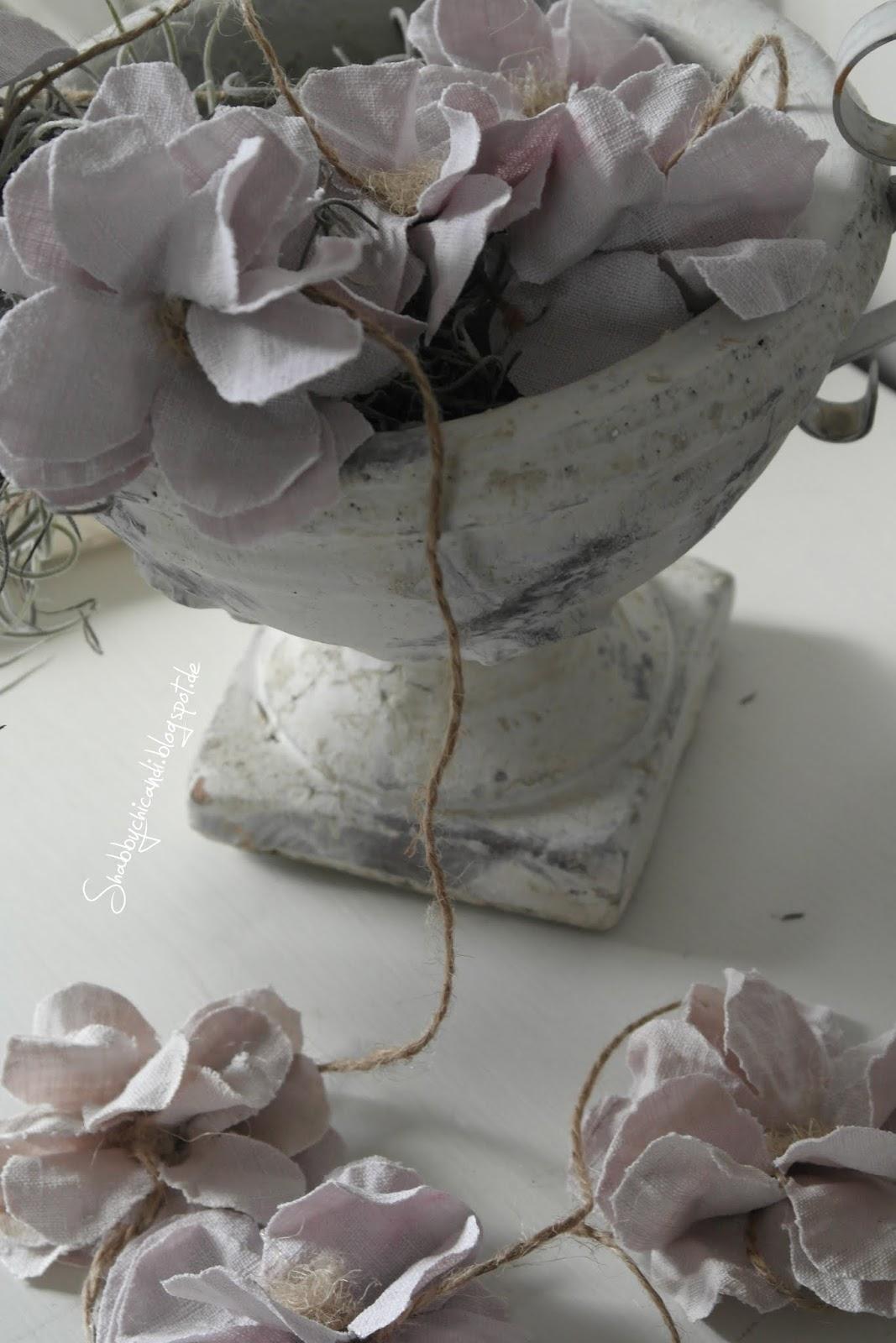 Shabby chic Blumen Blüten aus Leinen