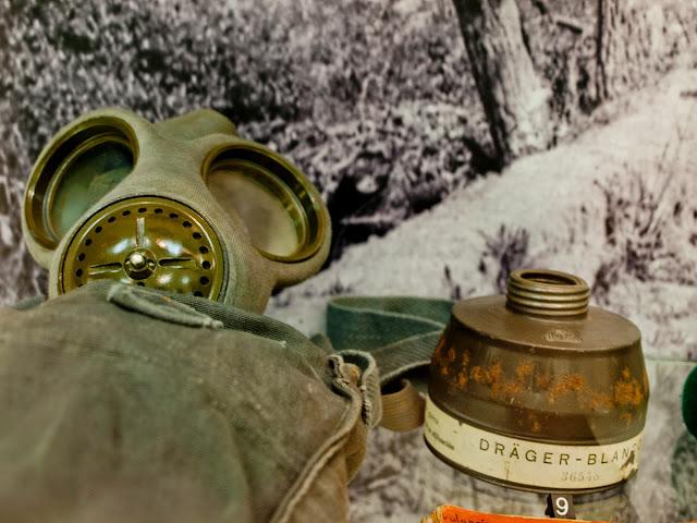 Mascara Antigas en elmuseo del cinturón de hierro en Berango, Uribe, Bizkaia