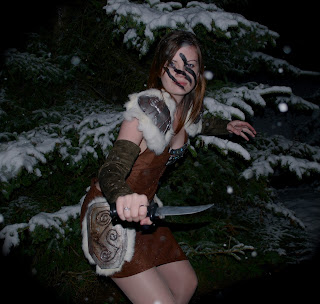 how to make a huntress costume