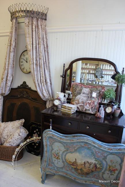 Maison decor french antique hunt instagram moras and more for Decoration maison instagram
