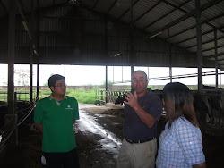 Kunjungan ke Peternakan Sapi Perah tgl 10 April 2013