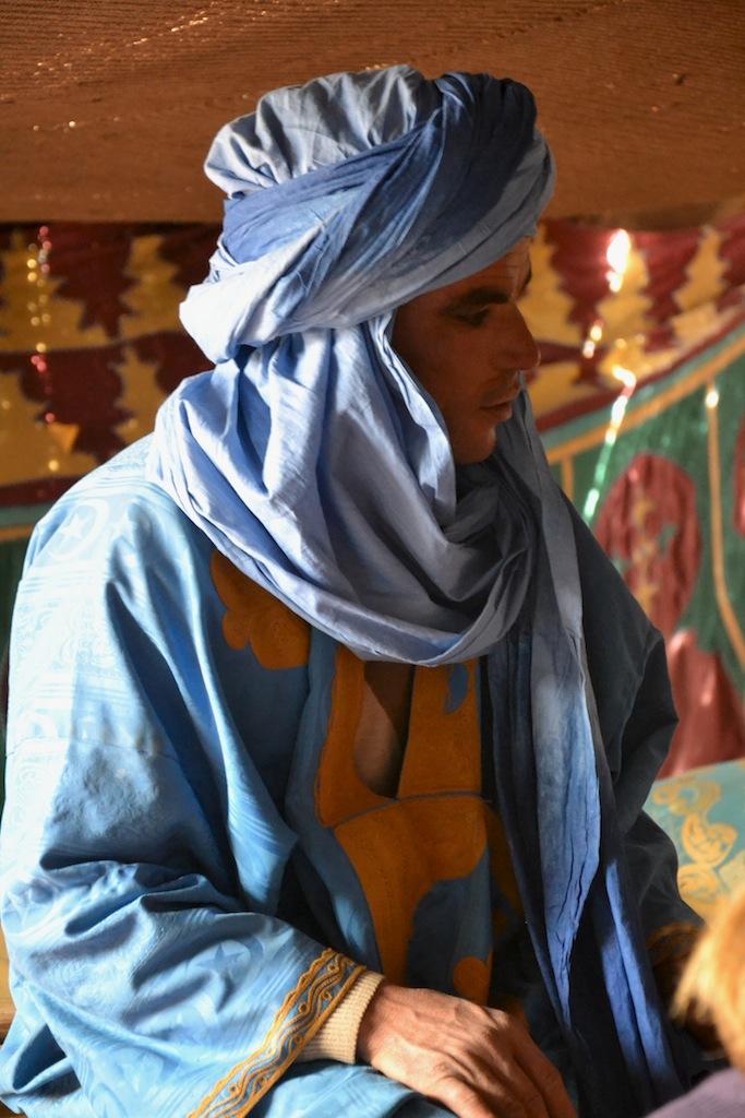 Marocco: il Thè con i berberi e il turbante!  Traveltik ...
