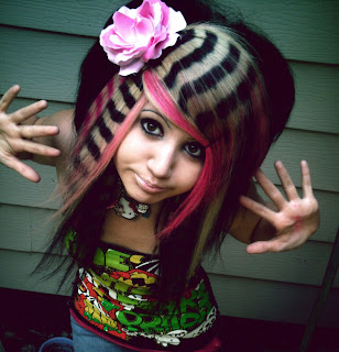 emo girl hairstyle