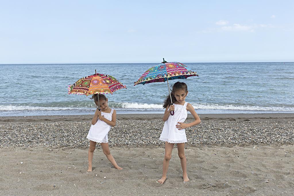 Fotografía infantil sesión de playa Guadalmar