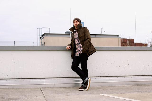 man, männer modetrend, kariert, Parka, Urban Outfitters, stye your man, trend herbst 2013, mens fashion, fall 2013, plaid shirt, beanie, zara