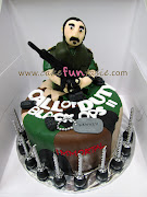 Call of Duty Black Ops 2 Cake. Game cake. Yes, the dude is ugly. (call of duty black ops cake)