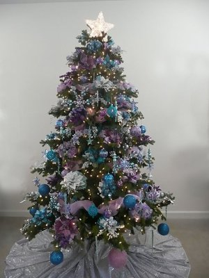 Merry Christmas: Christmas Tree Decorating Ideas 2011 Color Themes