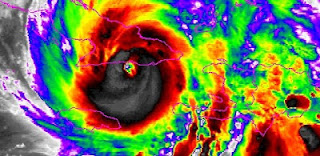 Hurrikan SANDY Liveticker, Satellitenbild Hurrikan Sandy Landfall Santiago de Cuba