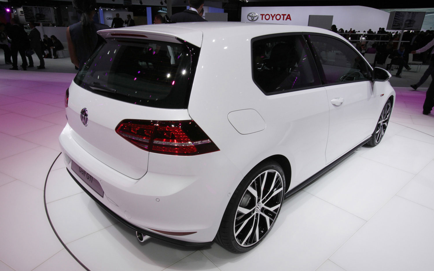 cars model 2013 2014 2013 volkswagen gti ends production. Black Bedroom Furniture Sets. Home Design Ideas