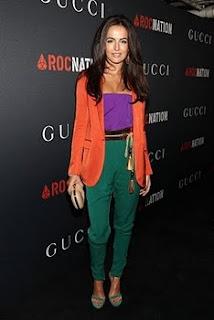 http://2.bp.blogspot.com/-0w5I_7XJtrc/TWguhjRUyjI/AAAAAAAAAIA/OUsRm_LNqww/s1600/Camilla+belle+outfit+color+block+de+Gucci.jpg