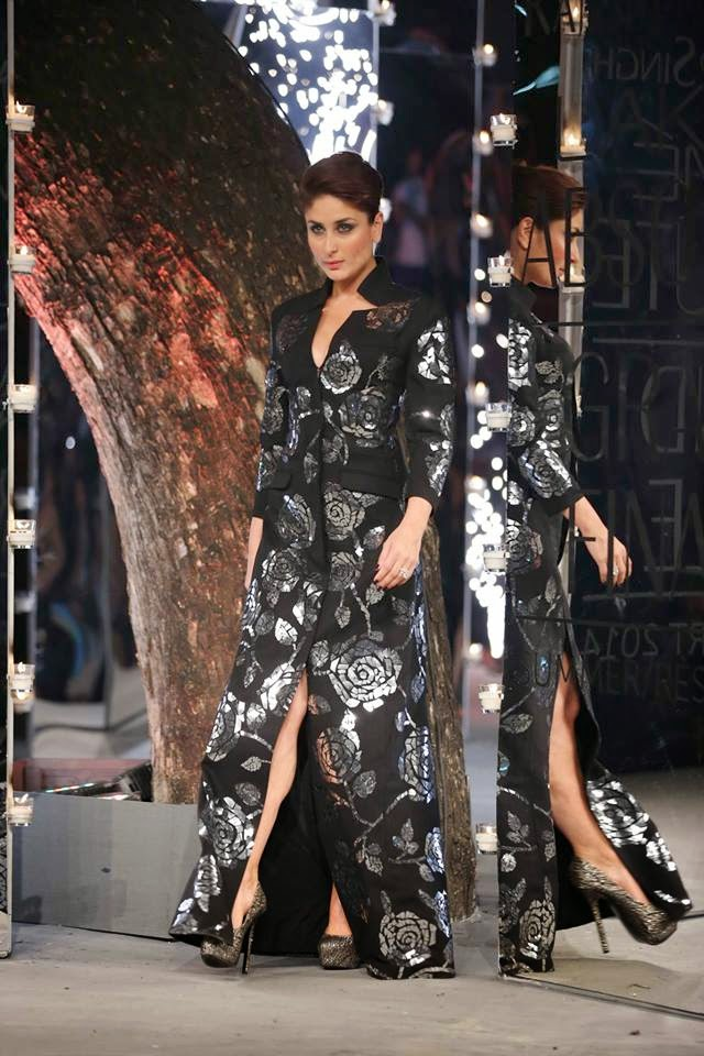 Kareena Kapoor walks the ramp for Rajesh Pratap Singh at the Grand Finale LFW Summer Resort 2014